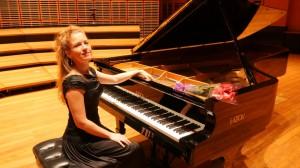 Carolina Estrada piano 10