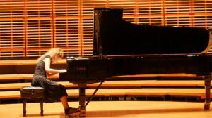 Carolina Estrada piano 11